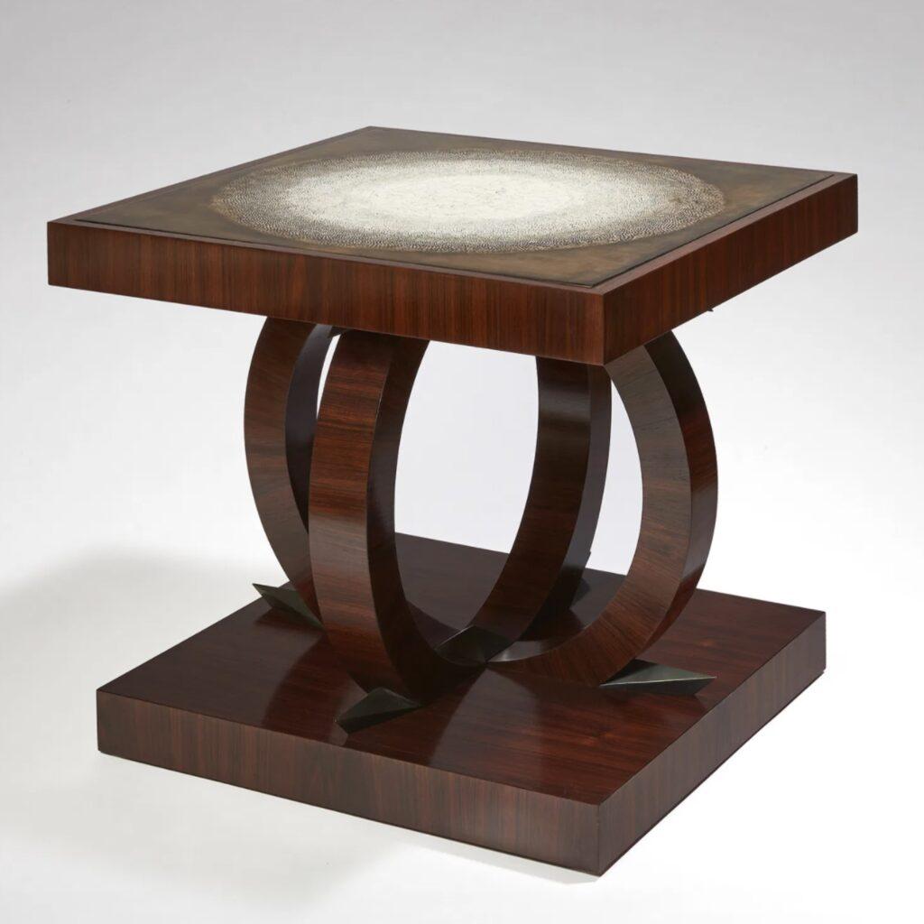 hatchikian-gallery-editions-pierre-legrain-objets-d-inities-gueridon-laque