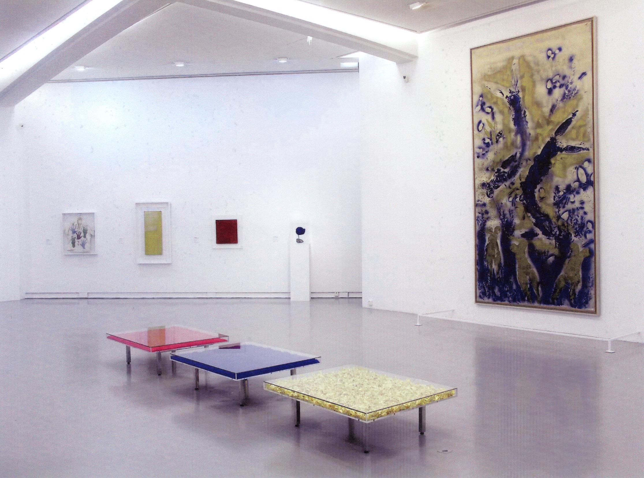 hatchikian-gallery-tables-yves-klein-1