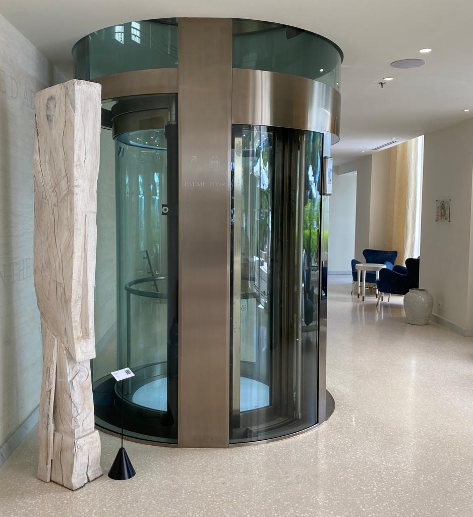 hatchikian-gallery-steph-cop-hotel-martinez-cannes-copelini-3